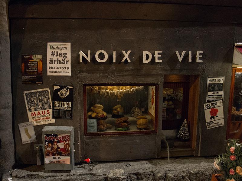 Vitrine boutique Noix de Vie